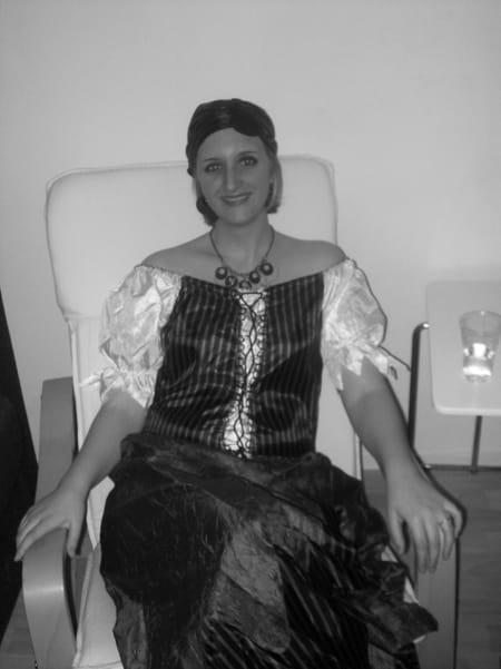 Ludivine douine auxiliaire de vie chateau de neuville for Auxiliaire de vie en maison de retraite